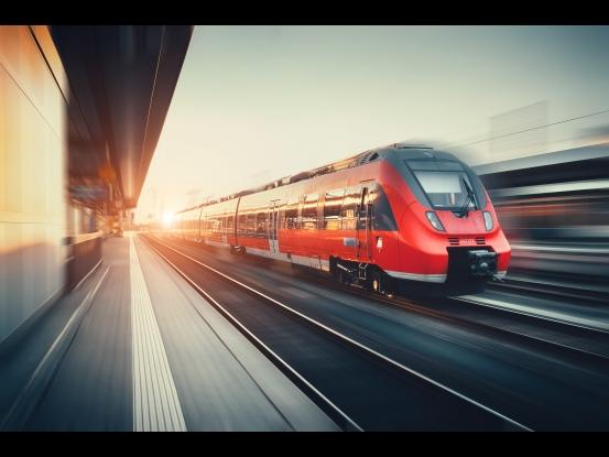 Train, marché ferroviaire